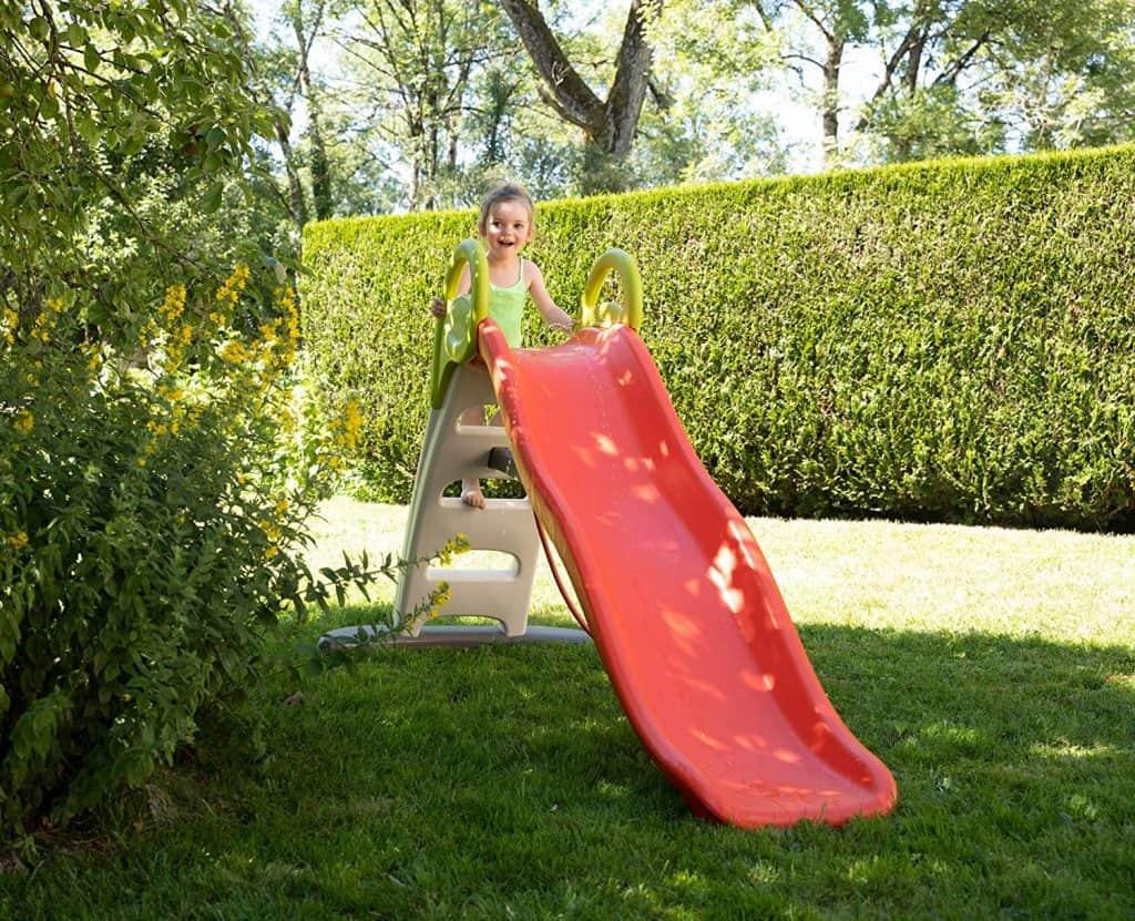 Foto di uno scivolo Smoby da giardino